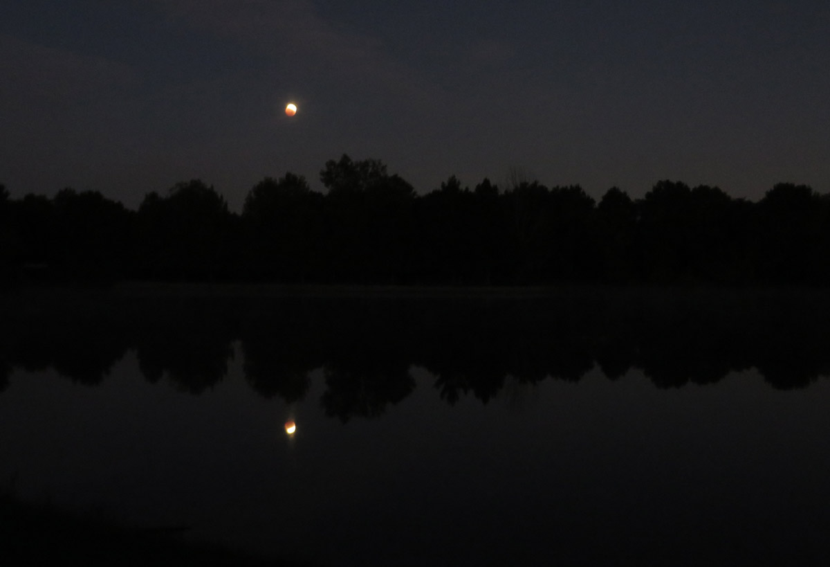Moonset over Lake Nell